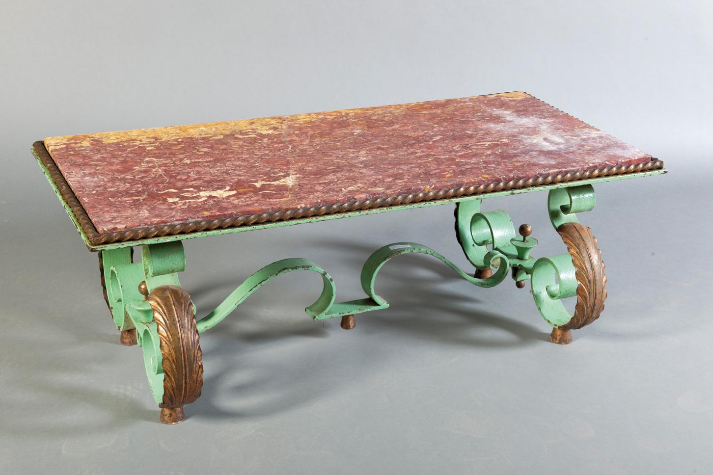 682f7501bd4 Dans le goût de POILLERAT Table basse en fer forgé