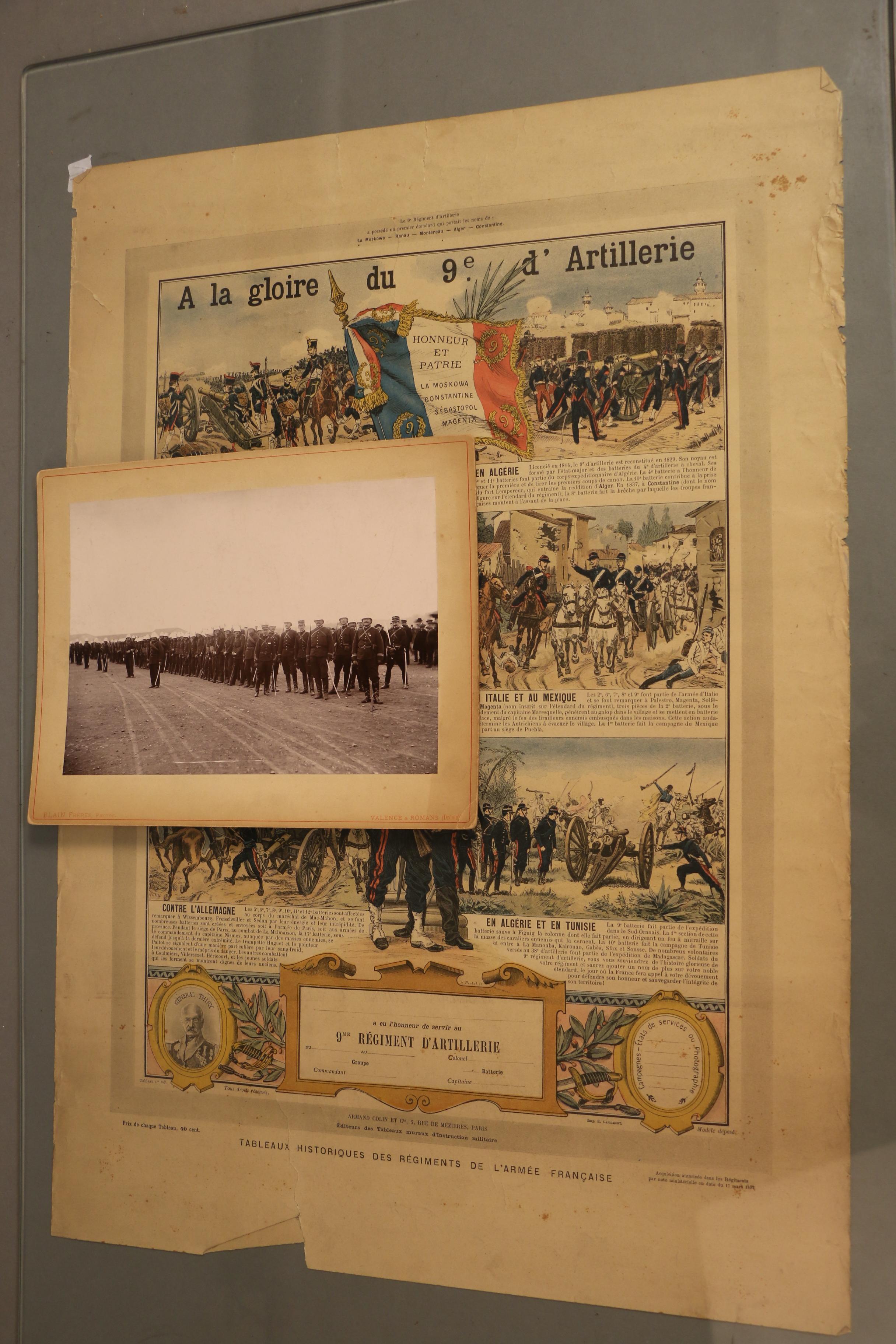 Tableau Historique A La Gloire Du 9eme Regiment D Artillerie Vierge On Joint Lot 35 Militaria Armes Souvenirs Historiques Chez Cortot Vregille Bizouard Auction Fr