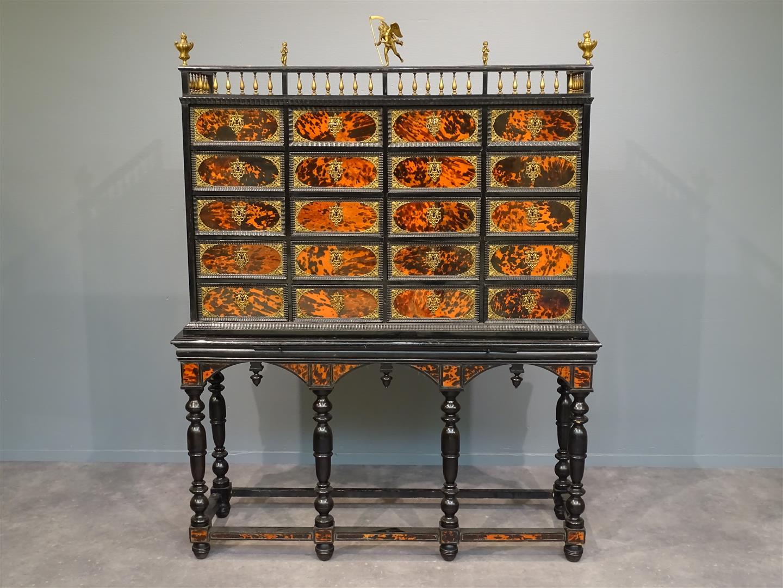 Vente Arts & Antiquités chez Veilinghuis van Spengen : 811 lots