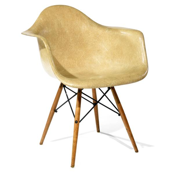 CHARLES (1907-1978) & RAY (1913-1988) EAMES  - Fauteuil
