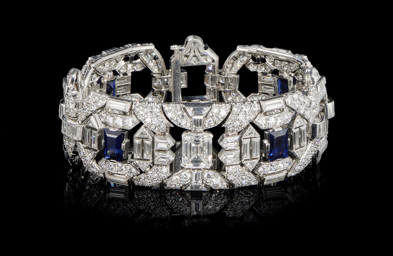 Vente Montres et bijoux chez Genève Enchères : 184 lots
