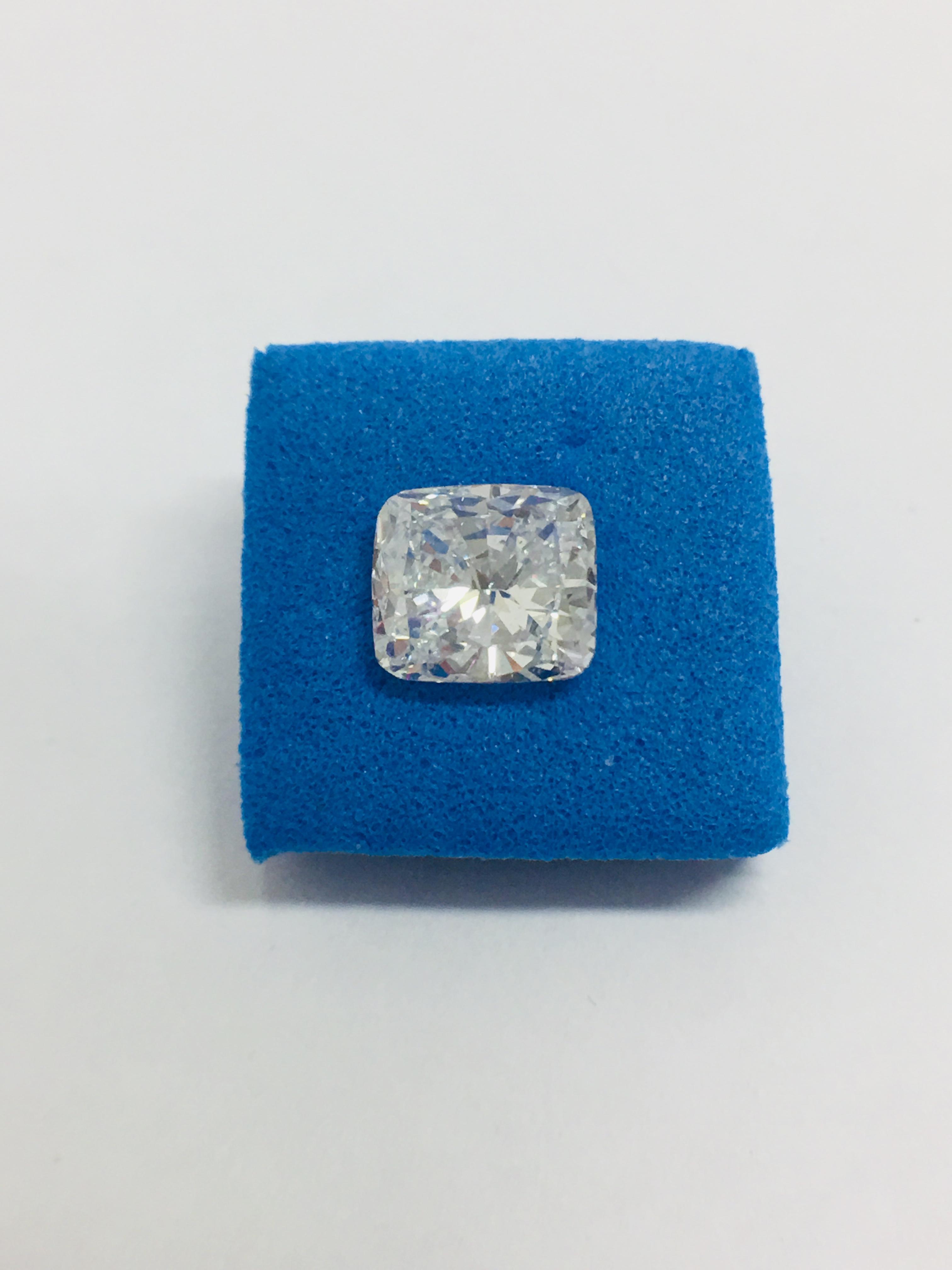 Vente Diamond solitaire jewelry auction, GIA certification chez Diamondauctionsonline Ltd - Auction house : 46 lots