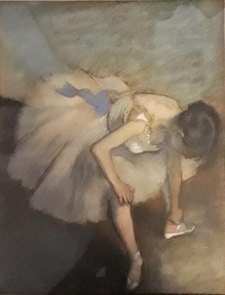 D Apres Edgar Degas 1834 1917 Danseuse 34 X 24 5 Cm Ballet Vu D Une Lot 7 Documentation Lithographies Tableaux Modernes Arts Du Xxeme Siecle Chez Jean Marc Delvaux Auction Fr