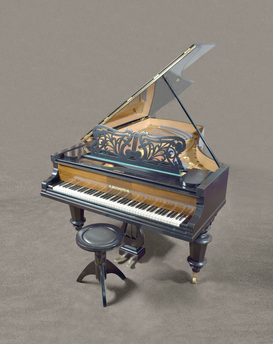 Vente Antiquités & Objets de Collection chez Henry's Auktionshaus : 326 lots