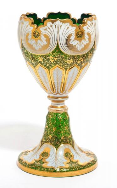 A LARGE GLASS GOBLET  - Bohemia, c. 1880-1900.  - Green tinted glass enamelled in [...]