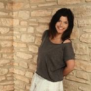 Isis Simona Nora Schabana