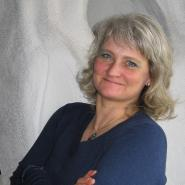 Monika Janine Bernhardt