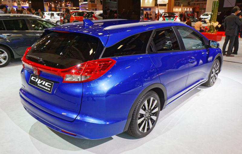Civic ix tourer facelift 2014 1