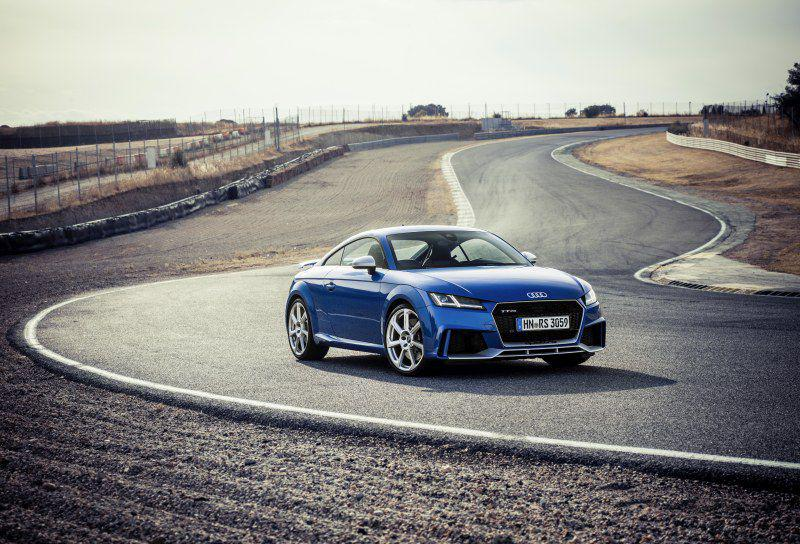 Tt rs coupe 8s 0