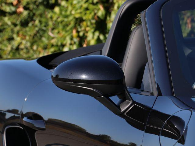 718 (982) BOXSTER image 18