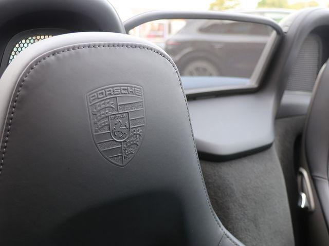 718 (982) BOXSTER image 11