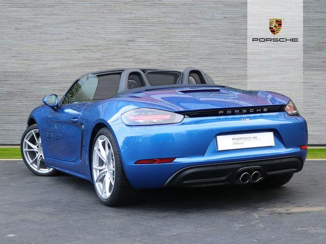 718 (982) BOXSTER image 02