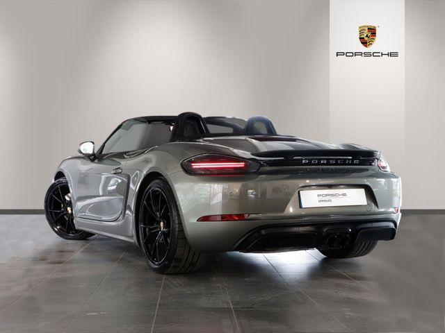 718 (982) BOXSTER GTS image 02