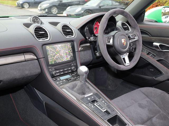 718 (982) BOXSTER GTS (1) image 03