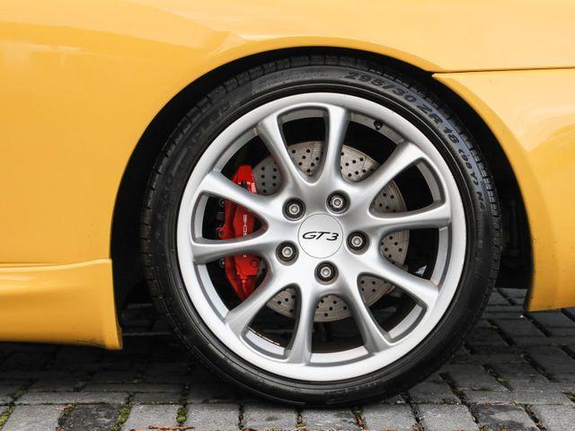 911 (996) GT3 image 04