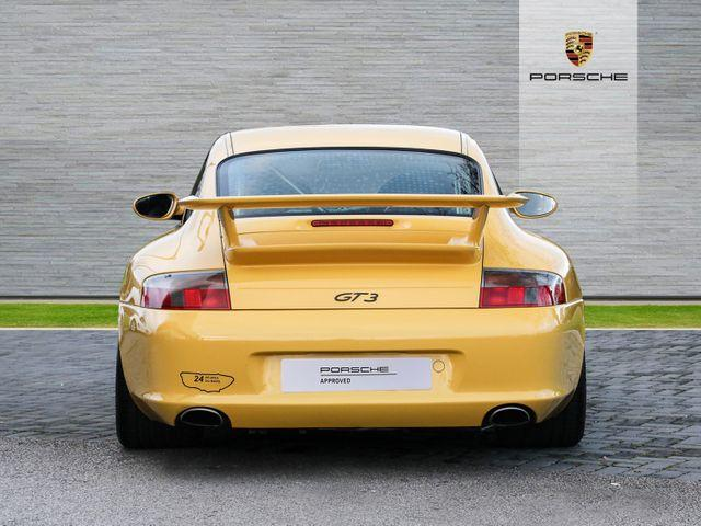 911 (996) GT3 image 07