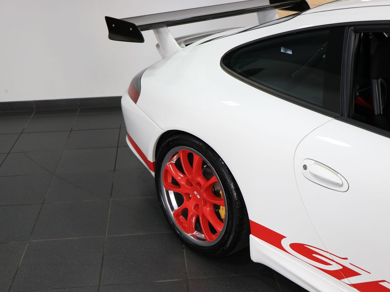911 (996) GT3 RS image 29