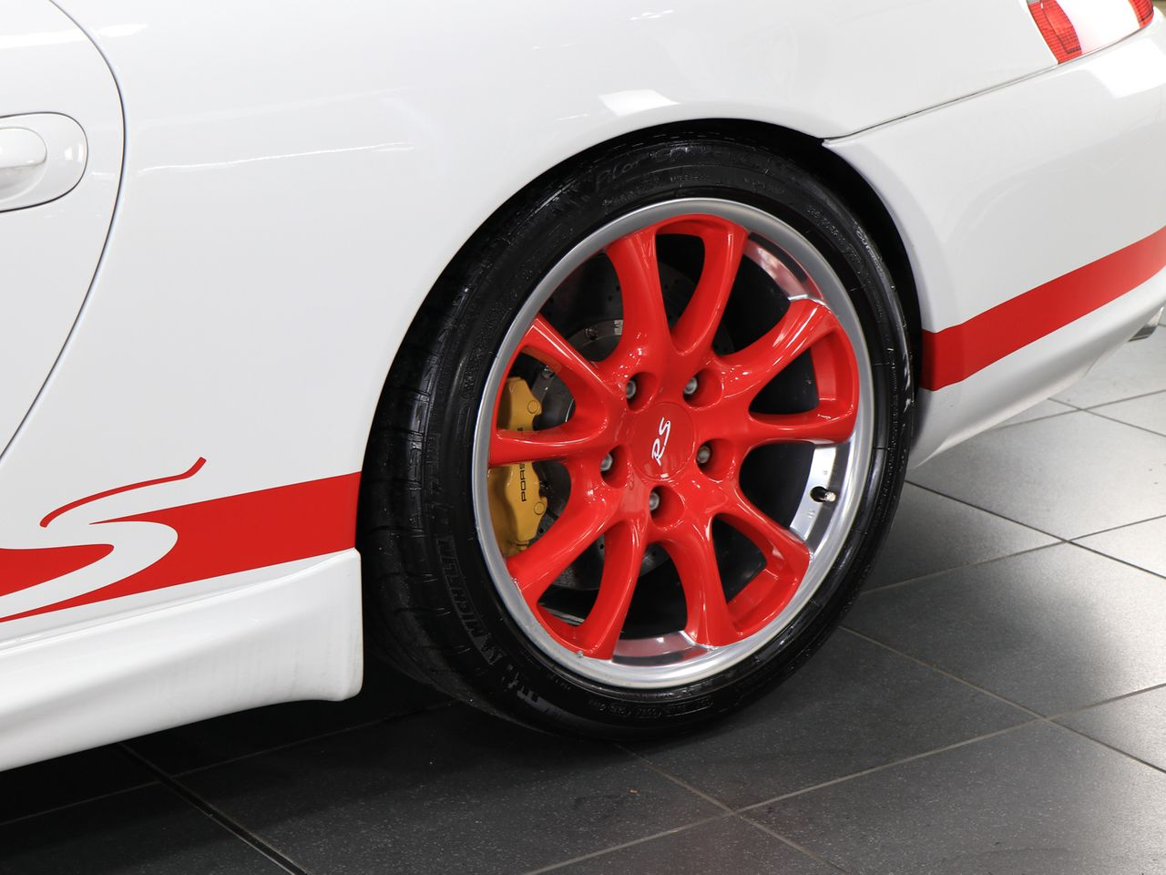 911 (996) GT3 RS image 26