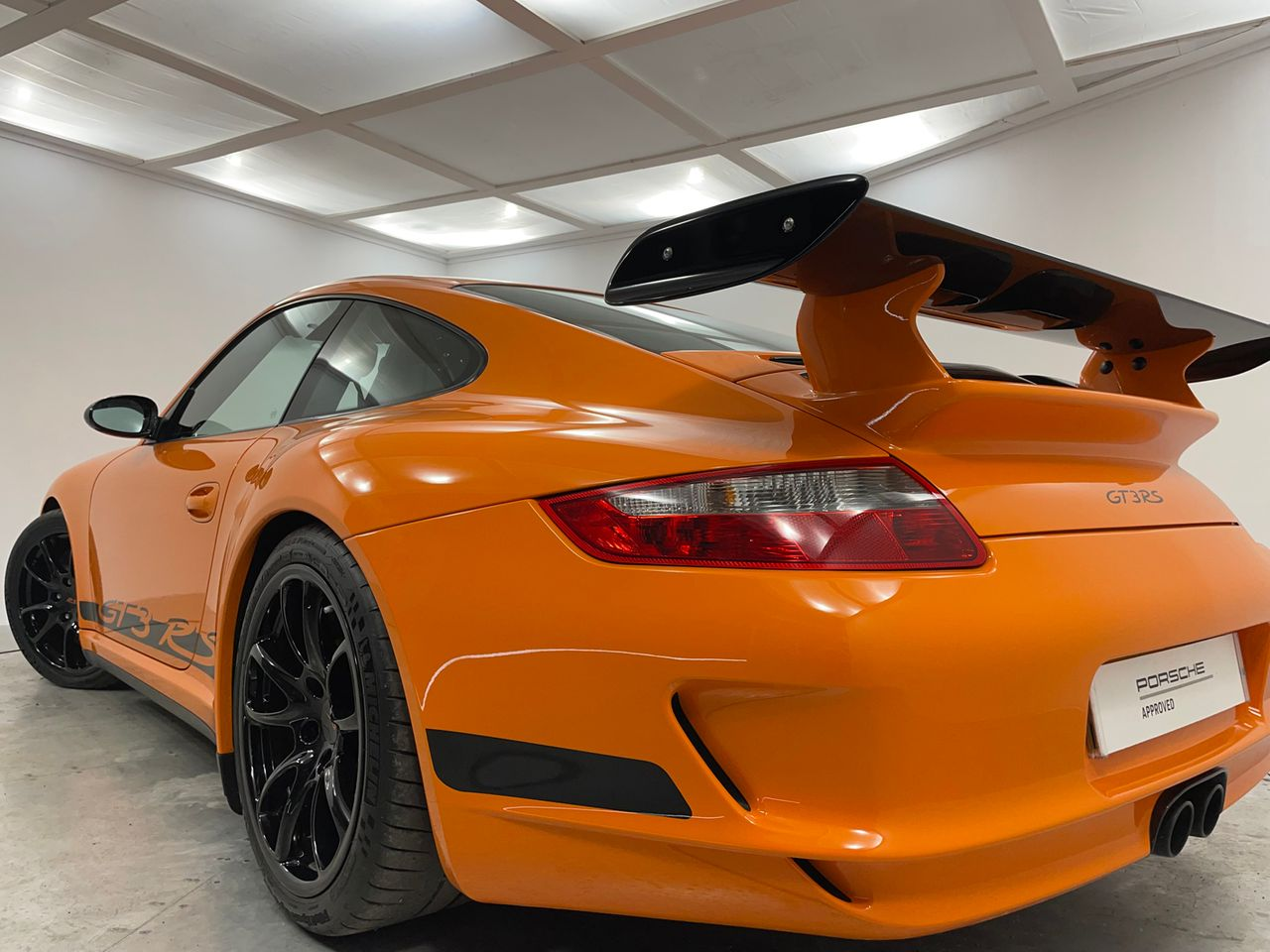 911 (997) GT3 RS image 26