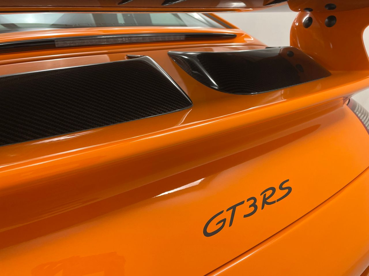 911 (997) GT3 RS image 30