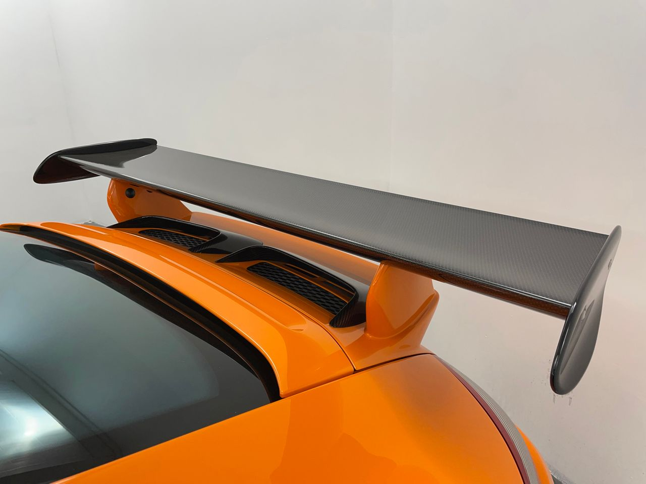 911 (997) GT3 RS image 29
