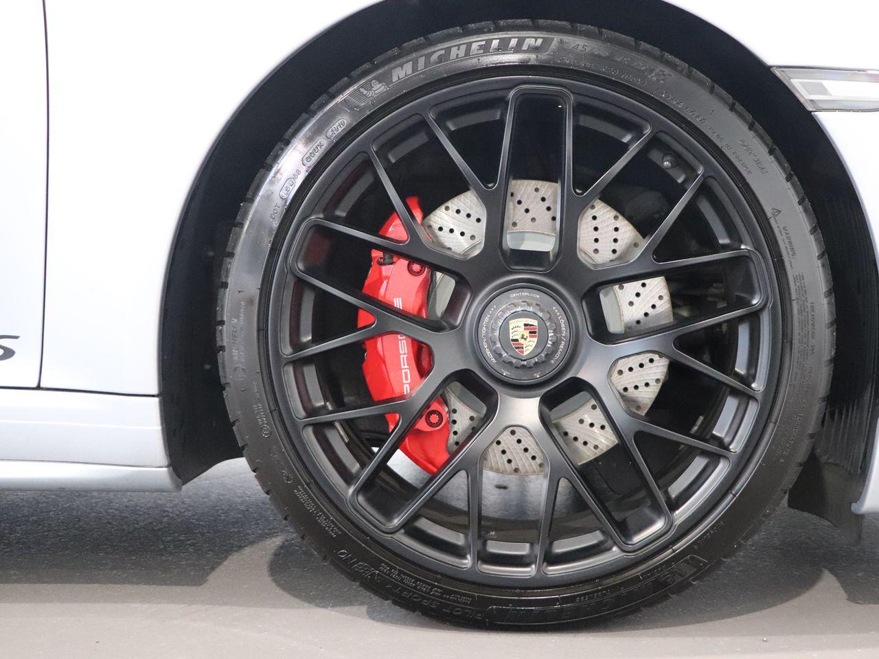 911 (991) CARRERA GTS PDK image 04