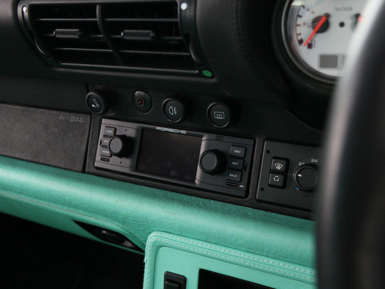 911 (993) CARRERA TIPTRONIC S image 20