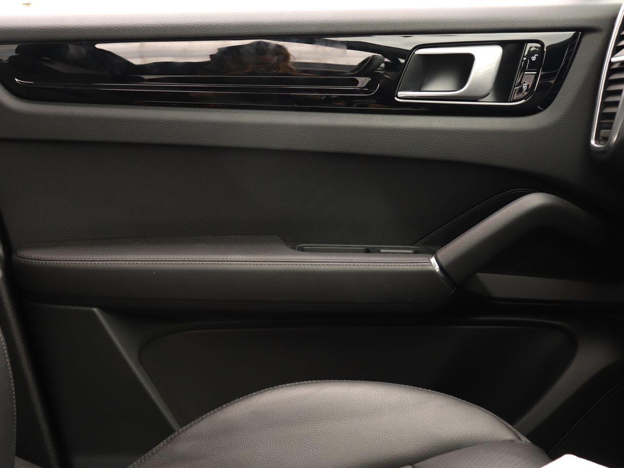 Cayenne V6 S TIPTRONIC (21) image 26
