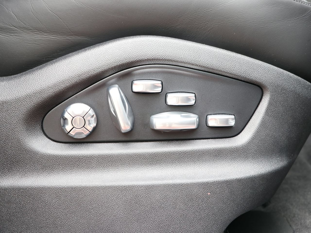 Cayenne V6 S TIPTRONIC (33) image 22
