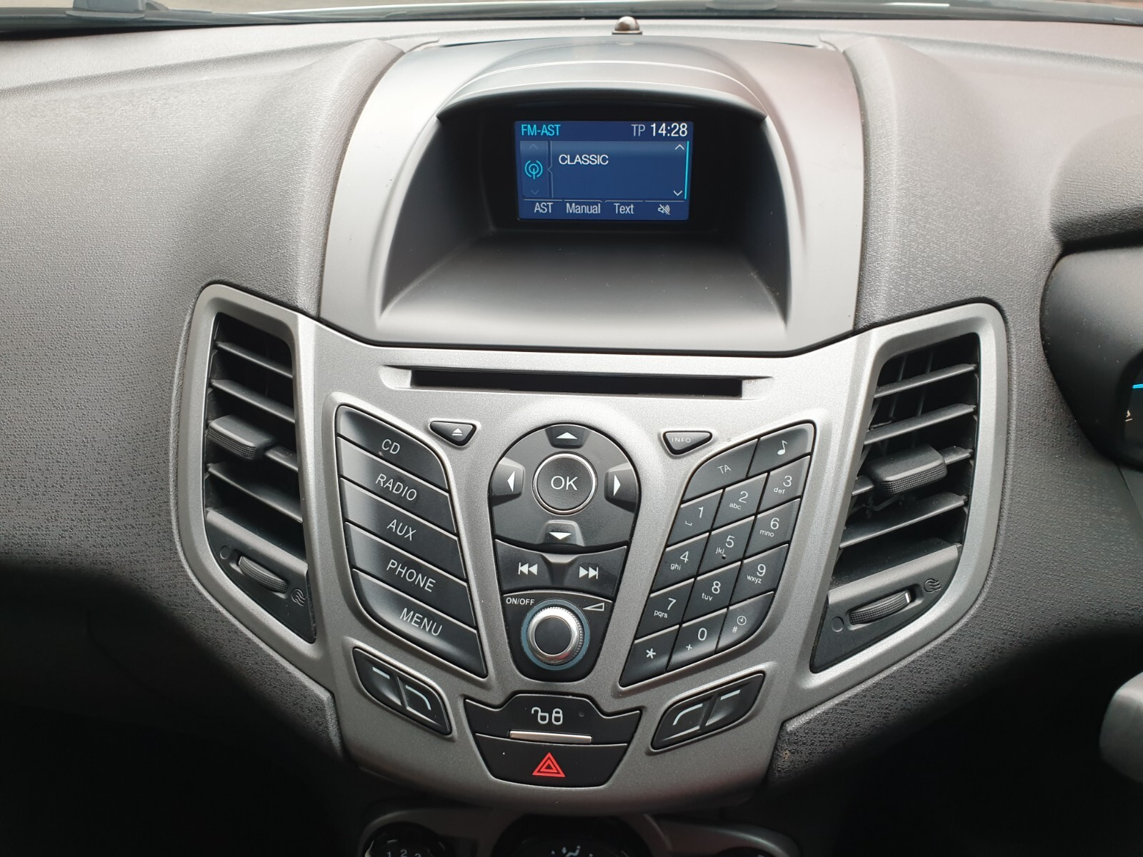 FORD 1.4 AMBIENTE 5 Dr Johannesburg 13327079