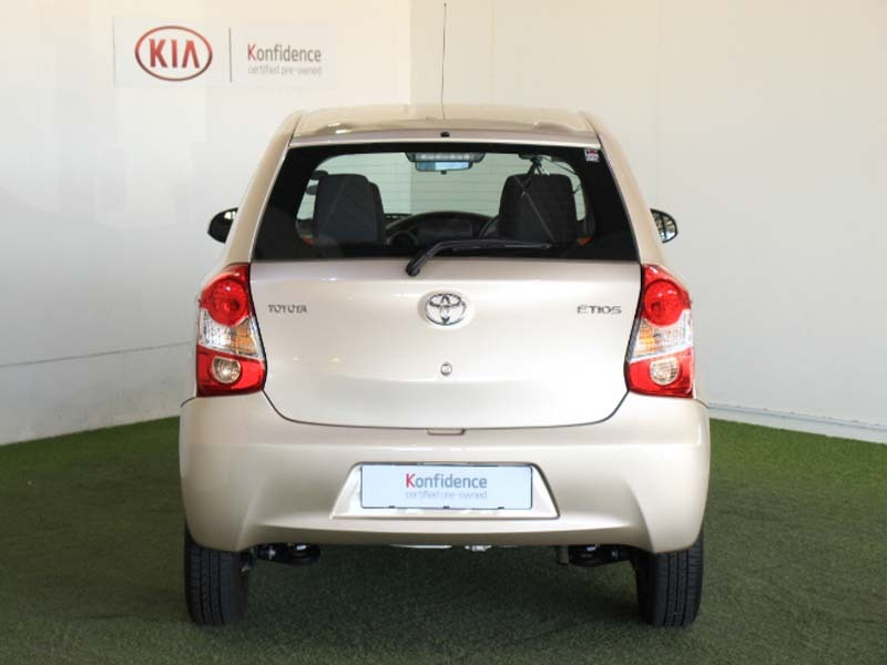 TOYOTA 1.5 Xi Somerset West 3329751