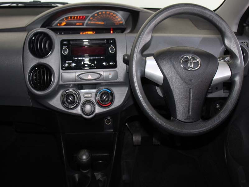 TOYOTA 1.5 Xi Somerset West 4329751