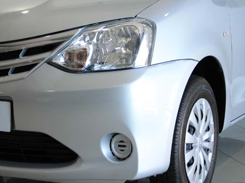 TOYOTA 1.5 Xi Somerset West 13330729