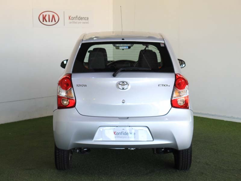 TOYOTA 1.5 Xi Somerset West 3330729