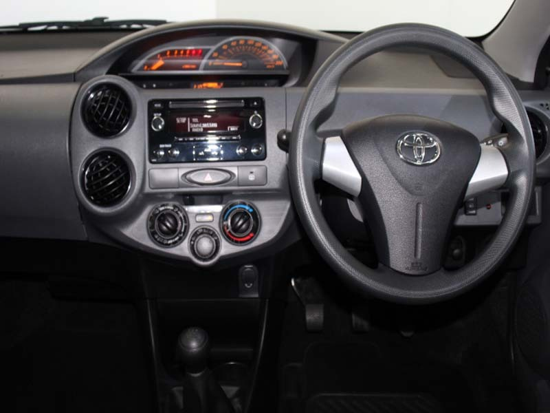 TOYOTA 1.5 Xi Somerset West 4330729
