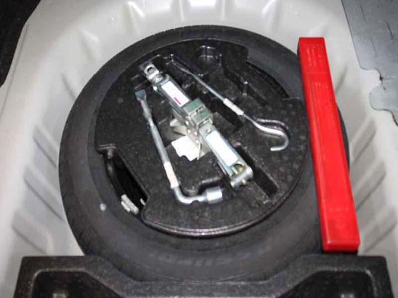 SUZUKI 1.5 GL A/T Somerset West 2 15332900