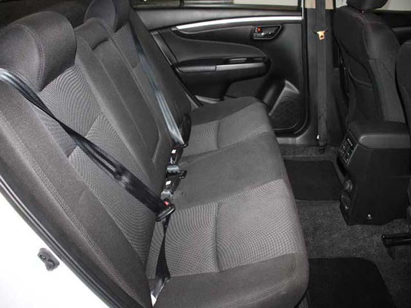 SUZUKI 1.5 GL A/T Somerset West 2 6332900