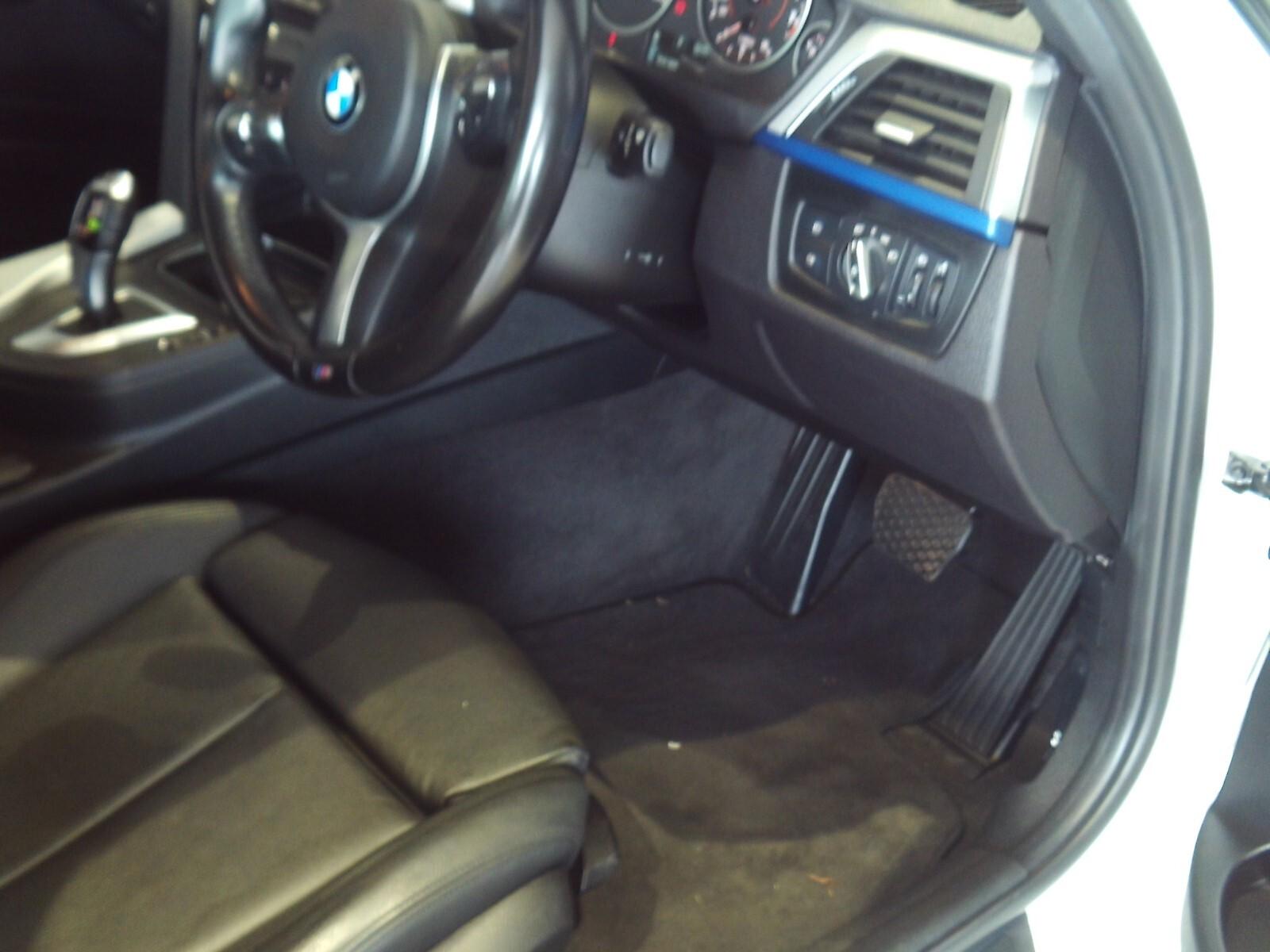 BMW 318i M SPORT A/T (F30) Roodepoort 8335162