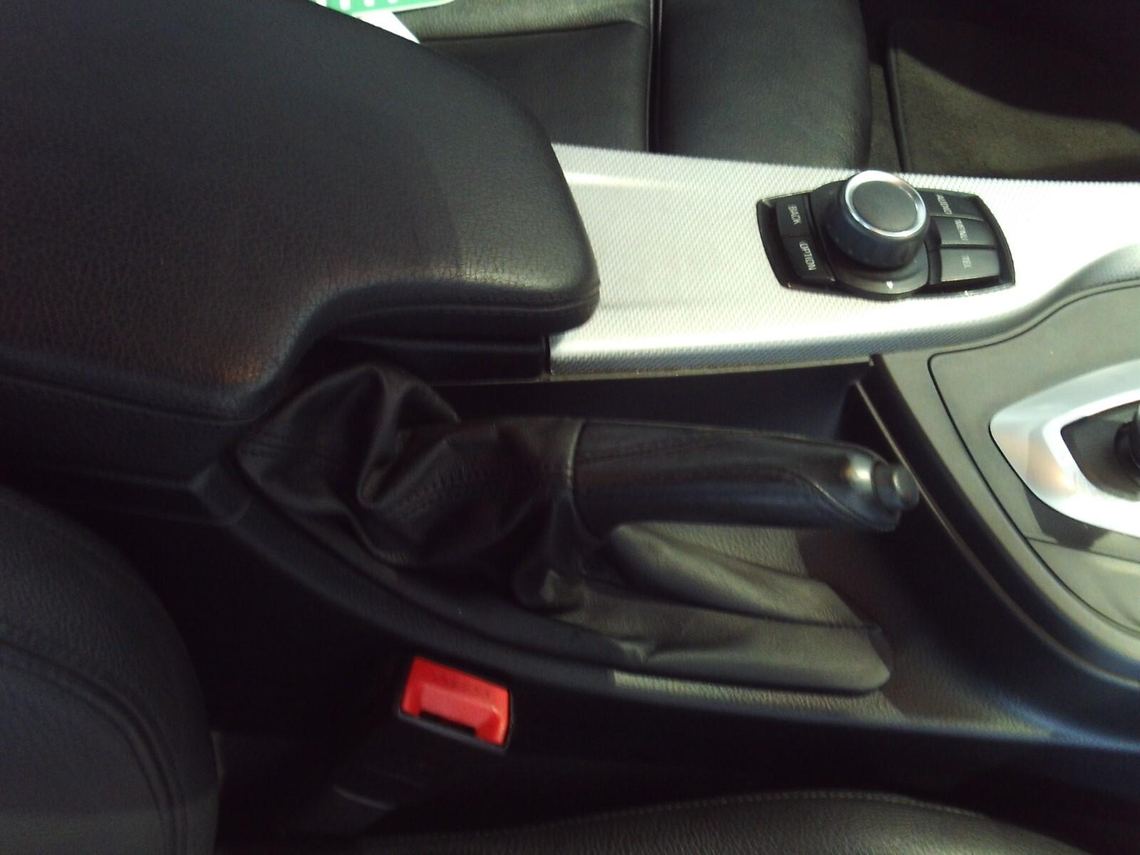 BMW 318i M SPORT A/T (F30) Roodepoort 17335162