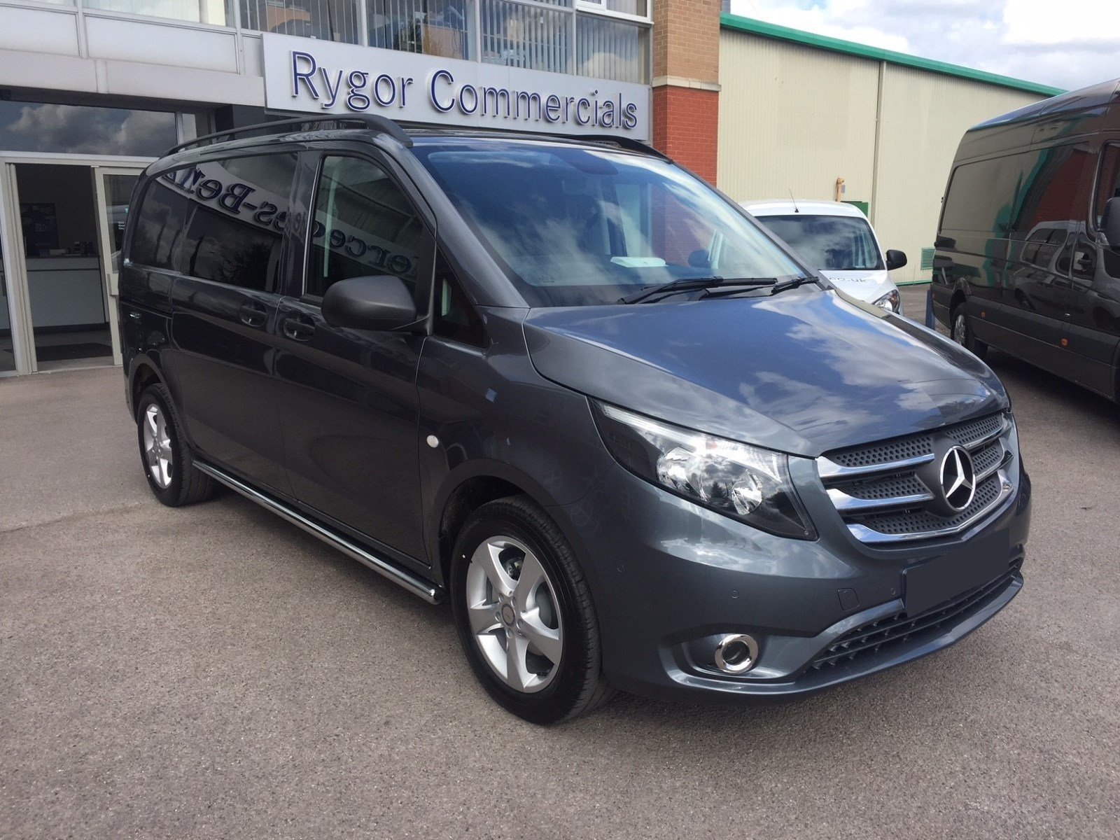 Approved Used Vito crew van
