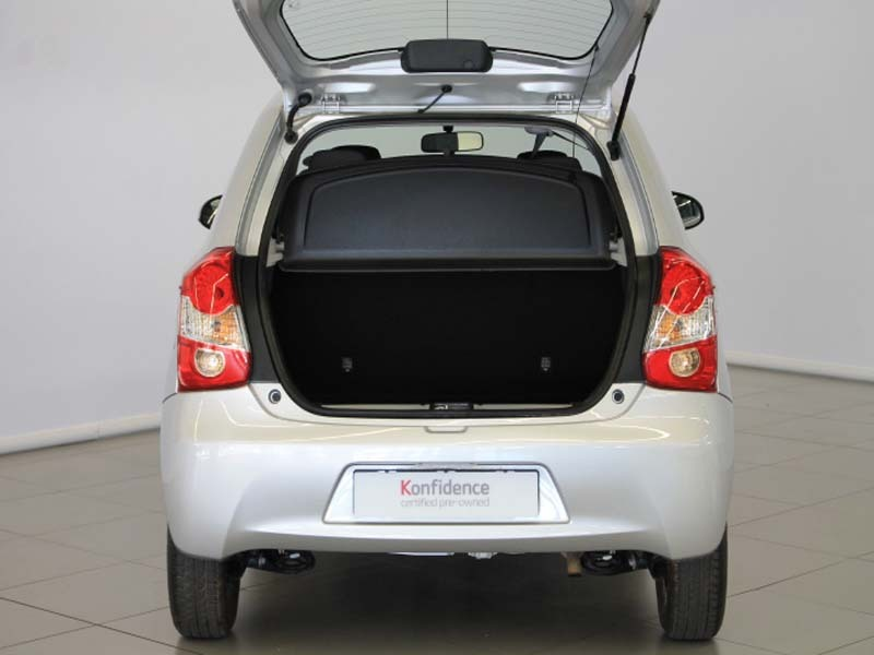 TOYOTA 1.5 Xi 5Dr Cape Town 8329767
