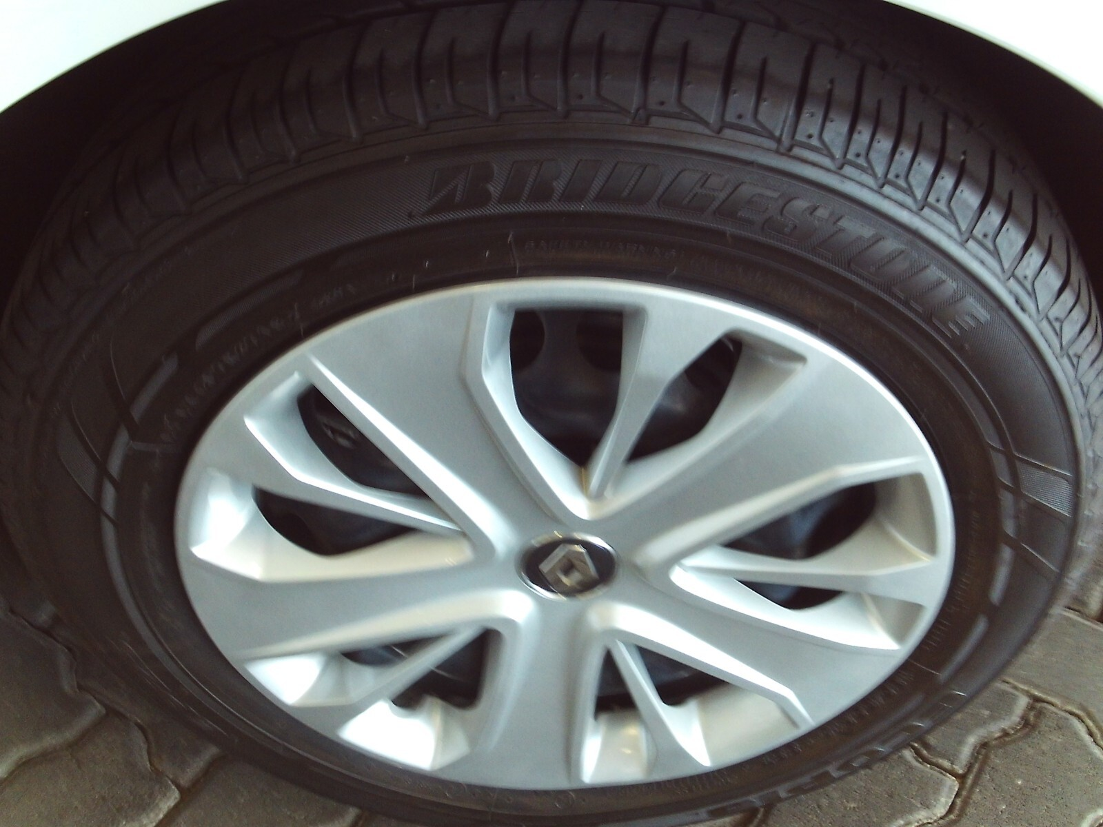 RENAULT IV 900T AUTHENTIQUE 5DR (66KW) Pretoria 18326862