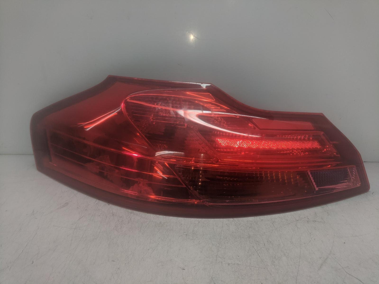 View Auto part L Taillight VAUXHALL INSIGNIA 2010