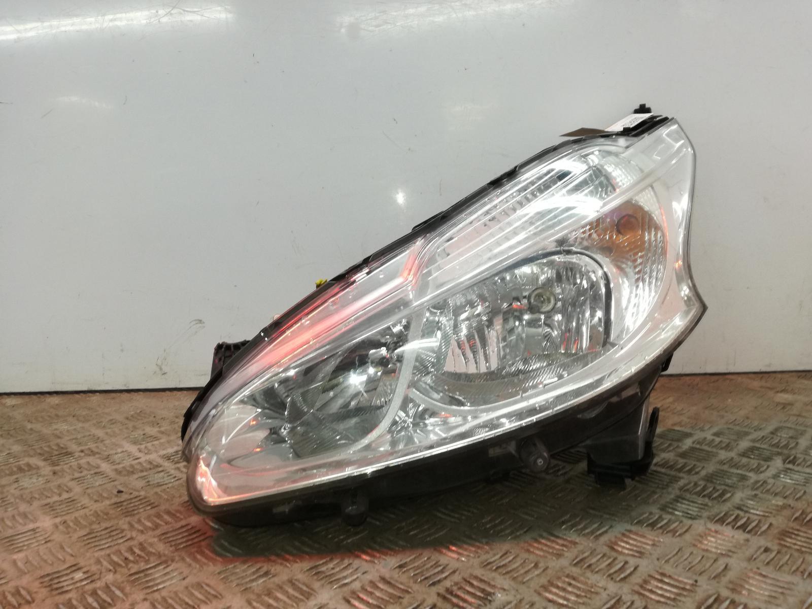 View Auto part L Headlamp PEUGEOT 208 2013