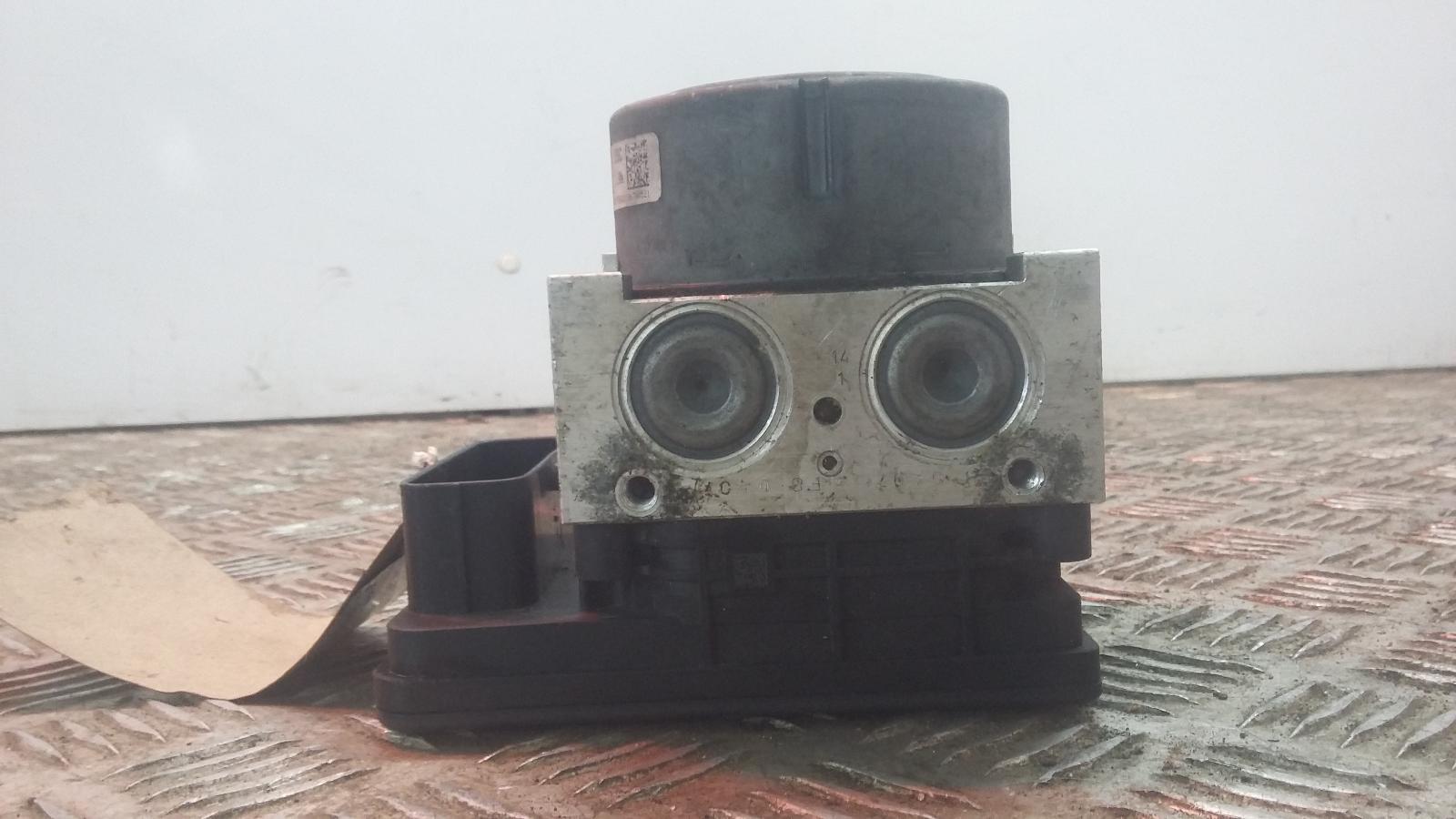 View Auto part ABS Pump/Modulator PEUGEOT 208 2013