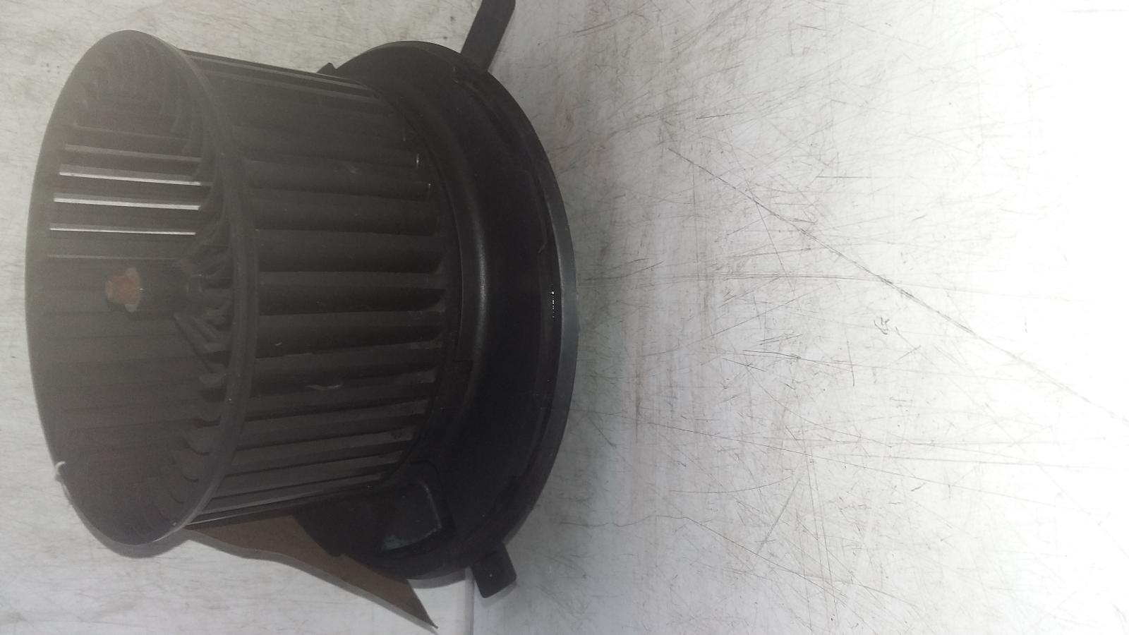 View Auto part Heater Motor/Assembly VOLKSWAGEN GOLF 2012