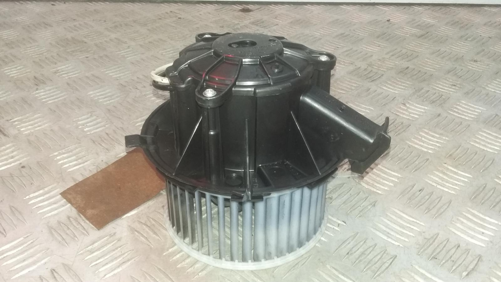 View Auto part Heater Motor/Assembly VAUXHALL ASTRA 2012