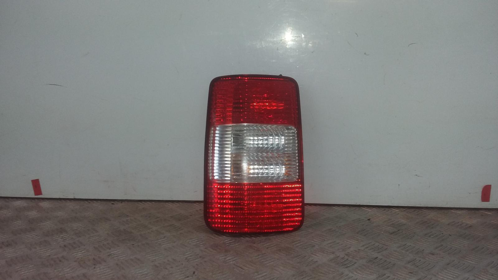 View Auto part L Taillight VOLKSWAGEN CADDY 2009