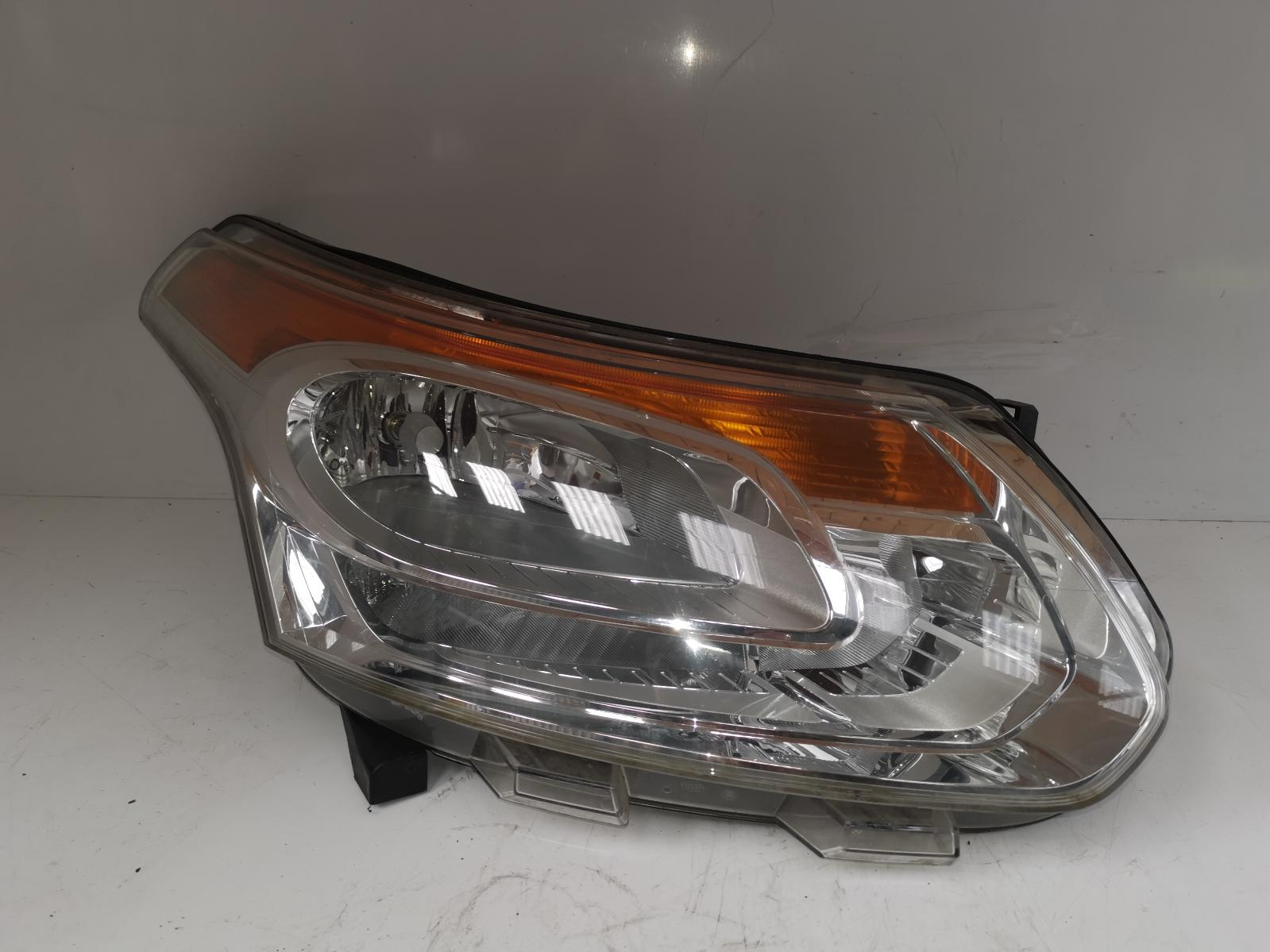 View Auto part R Headlamp CITROEN C3 PICASSO 2009