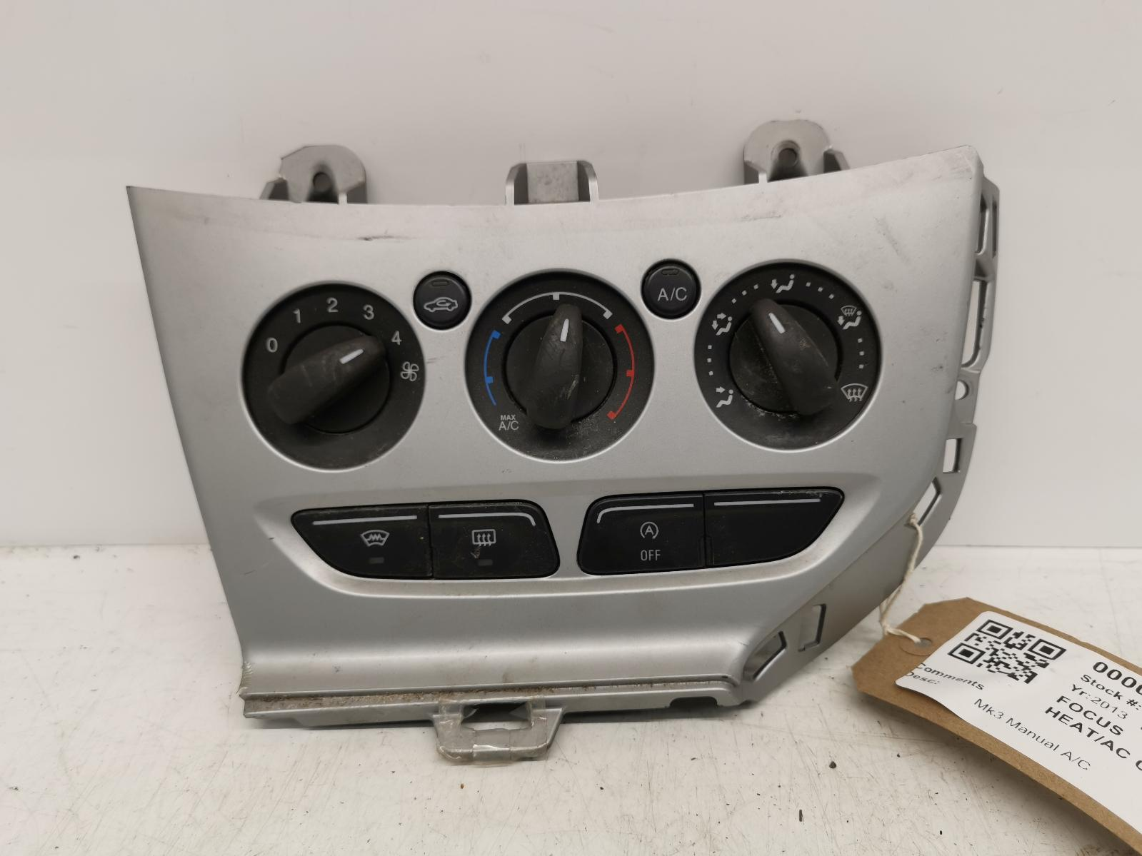 View Auto part Heater/AC Controller FORD FOCUS 2013